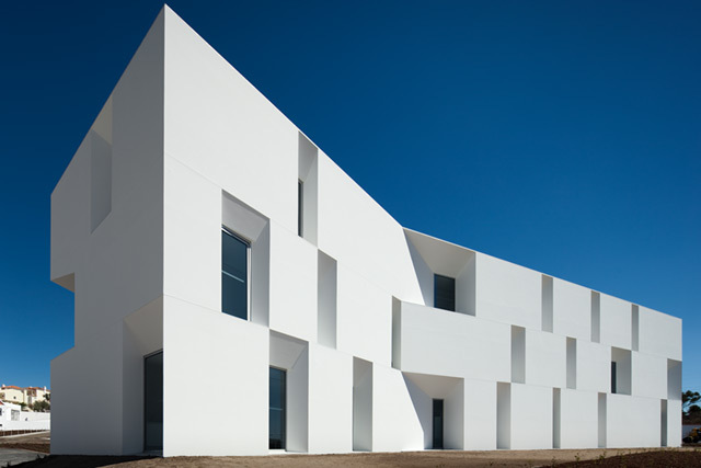 Alc 225 Cer Do Sal Residences By Aires Mateus