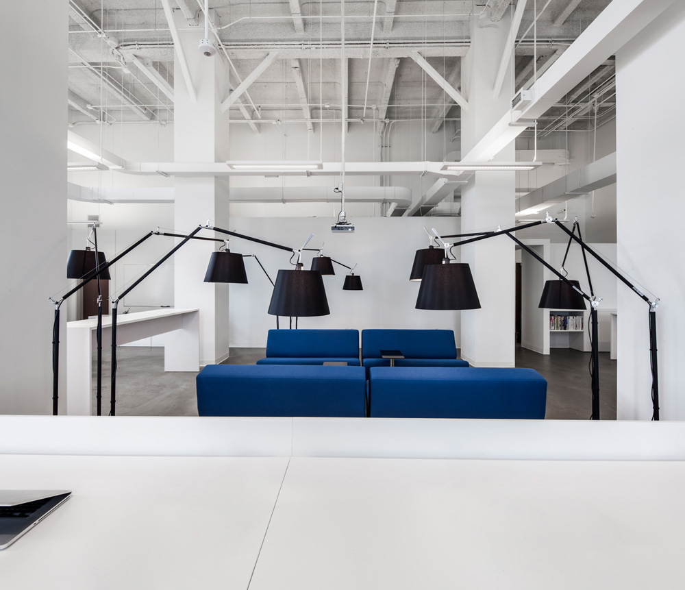 Blue And White Office: BLUE Communication Office By Jean Guy Chabauty And Anne
