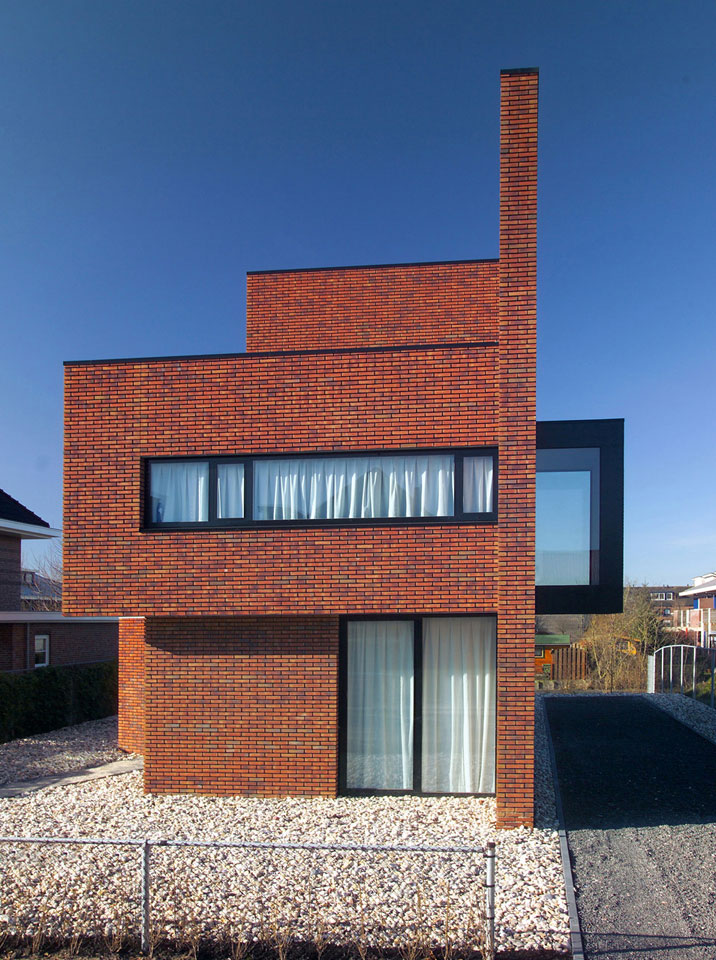 Brick Wall House By 123dv
