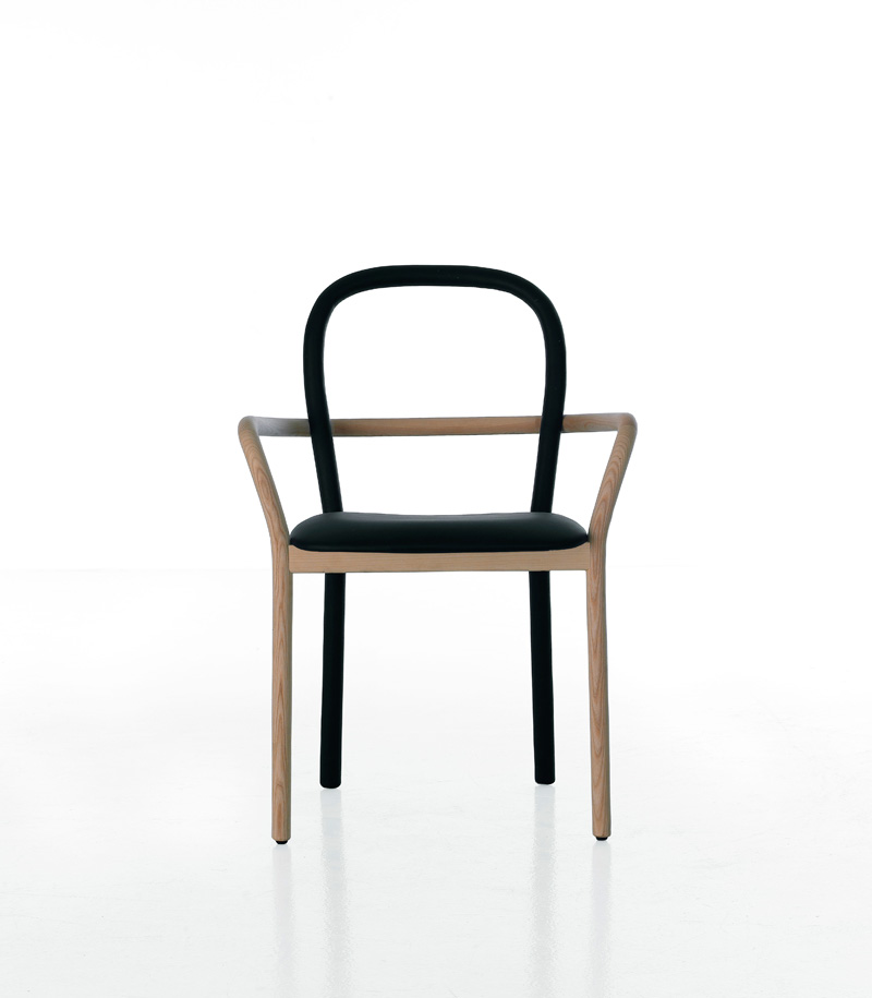 Charmant Gentle Chair Front ...