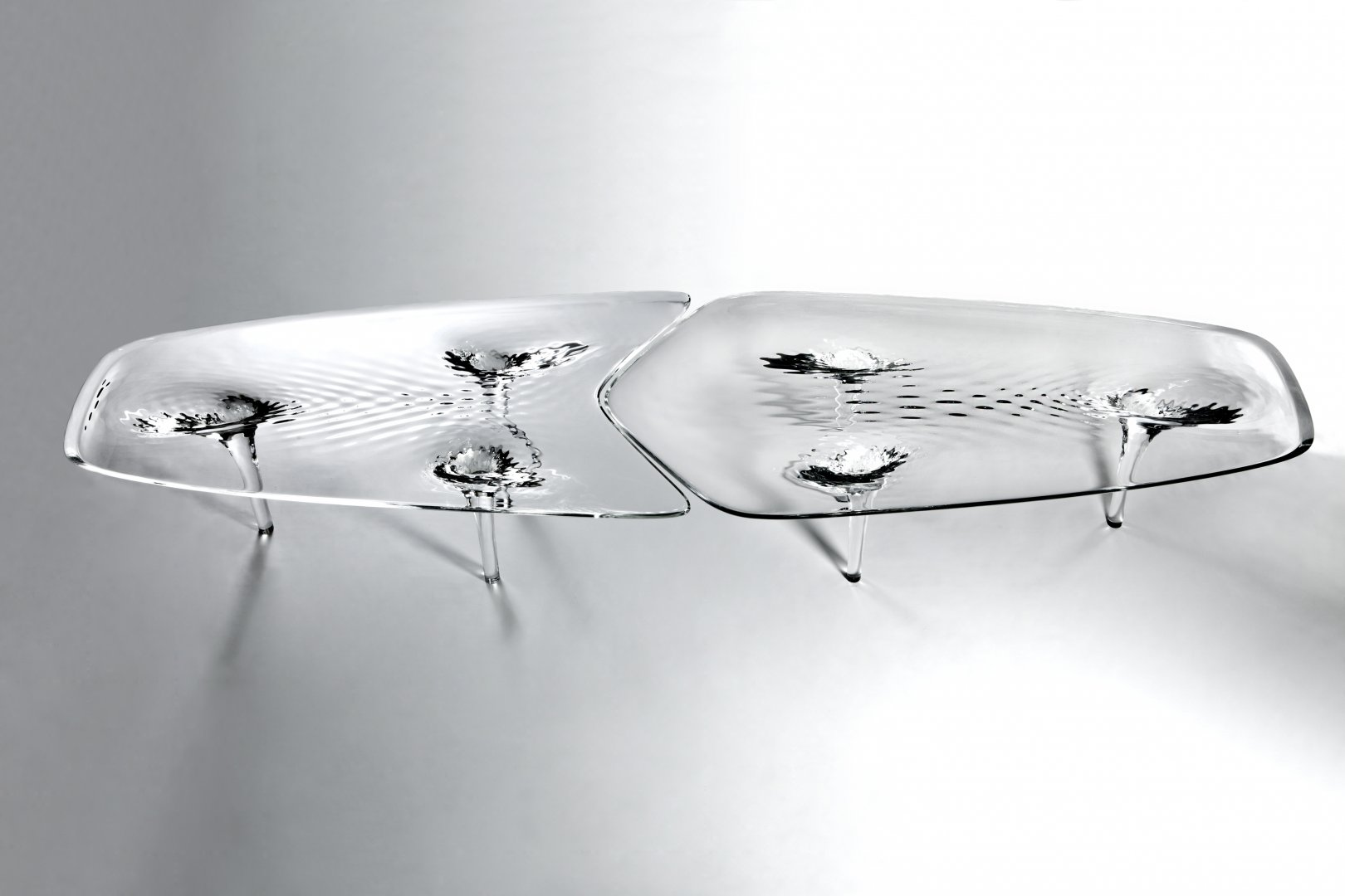 Liquid glacial table by zaha hadid architects for Zaha hadid liquid glacial