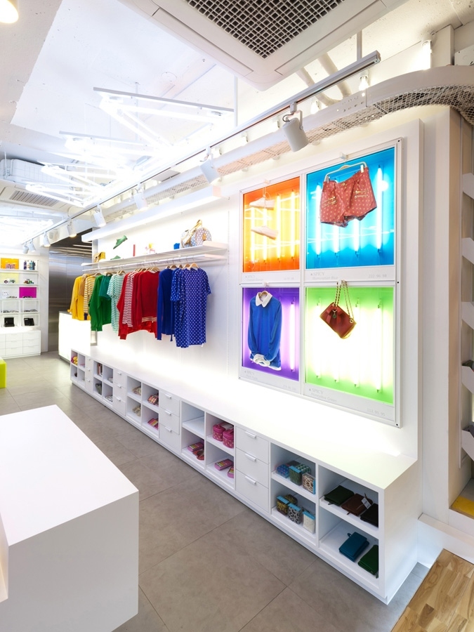 Spicy Color Flagship Store By Khanproject