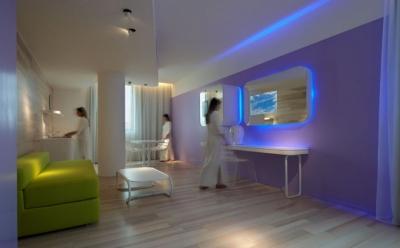 B4 Hotel Simone Micheli