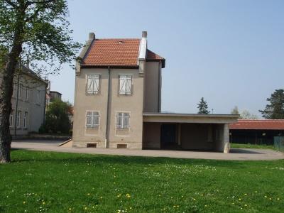 Guehost House Berdaguer Pejus