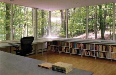 Scholar Library Peter Gluck