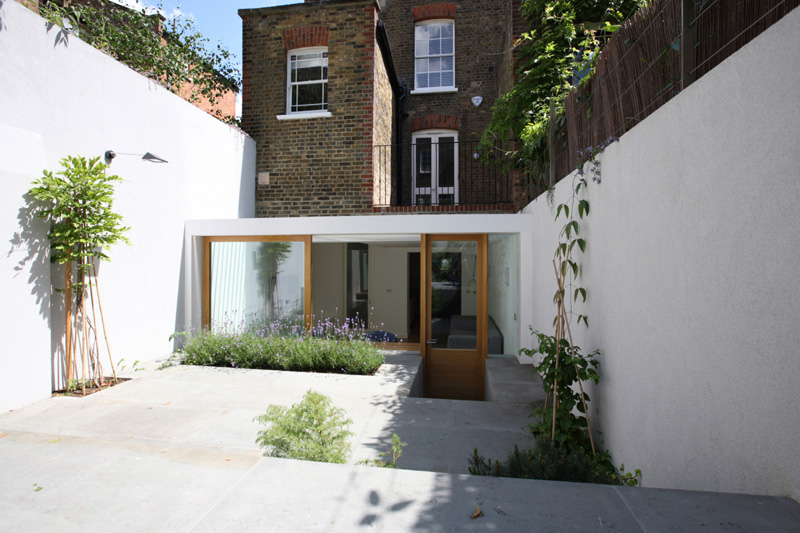 Private house extension by tamir addadi architecture for Garden house extension