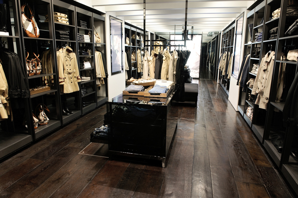 Burberry brit store covent garden - British interior design style pragmatism comes first ...