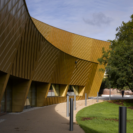 Firstsite Contemporary Art By Rafael Vi 241 Oly Architects
