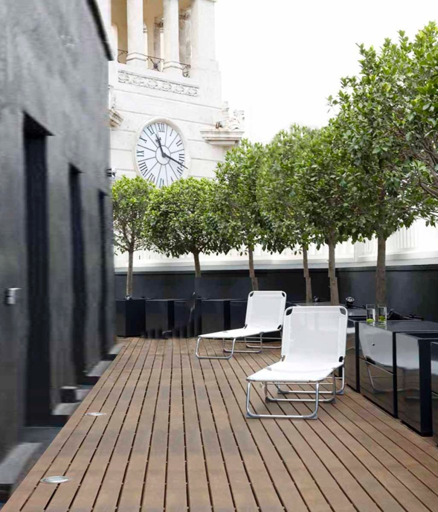 Long Term Apartment Barcelona: Penthouse In Plaza Catalunya By YLAB Arquitectos