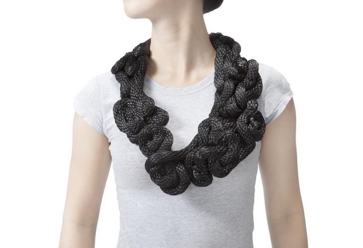 Black Knot Yuni Lang