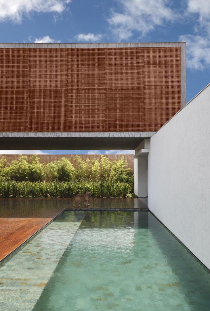 BT House Guilherme Torres