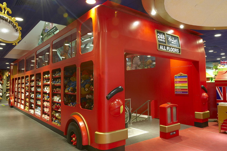 Toy store in hamleys regent street by wdl interior design Interior design stores london