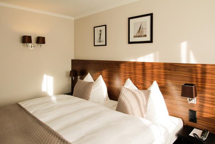 Hotel city z rich by dyer smith frey for Design hotel zurich