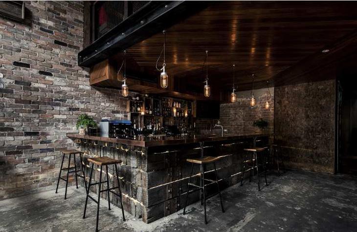 Donny's Bar