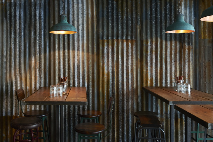 Barnyard Restaurant By Brinkworth