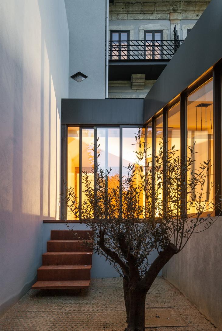 Dm2 Housing In Porto By Ooda Design