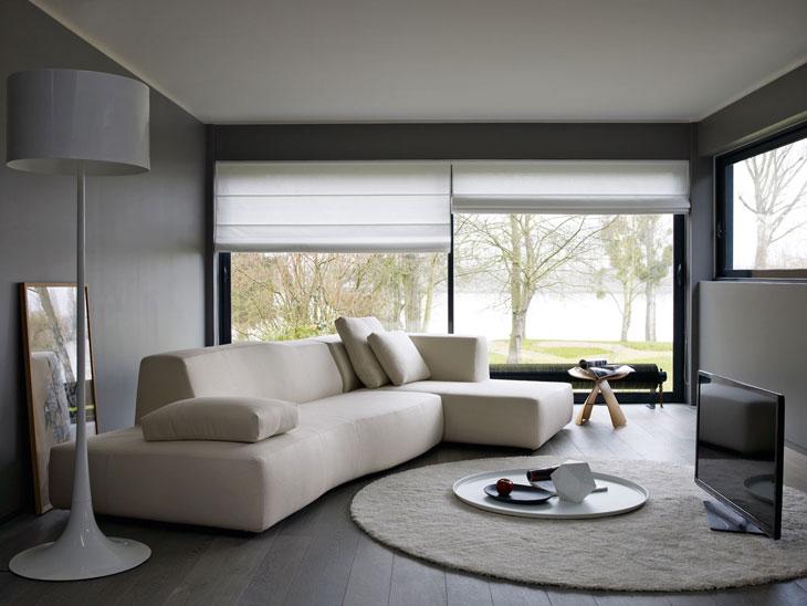 Bend-Sofa-by-Patricia-Urquiola-01