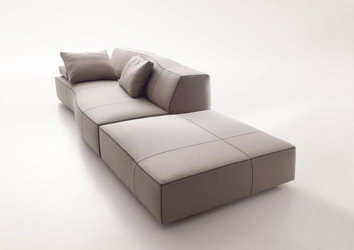Bend-Sofa-by-Patricia-Urquiola-07