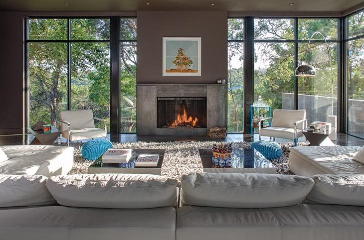 West Lake Hills Residence