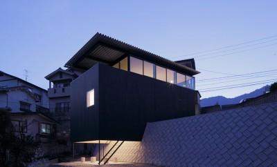 House-in-Miyake-by-Yoshio-Ohno-Architects_archiscene_784_0