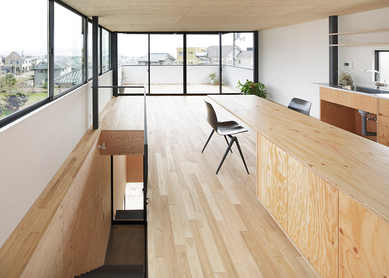House-in-Miyake-by-Yoshio-Ohno-Architects_archiscene_784_4