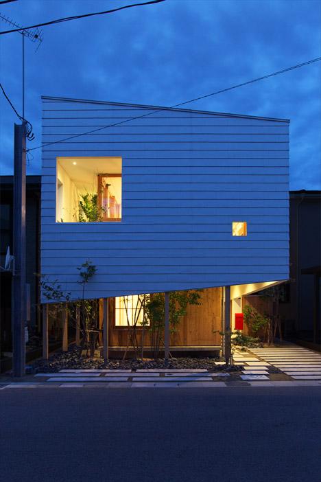 OH-House-by-Takeru-Shoji-Architects_archiscene_468_0
