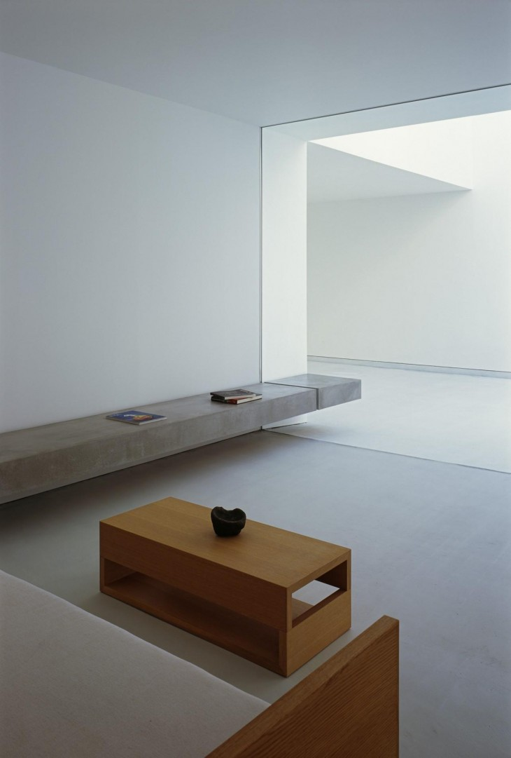 White Cave House 06