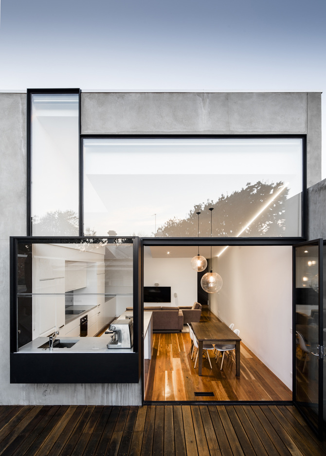 Turner house by freadman white for Square window design