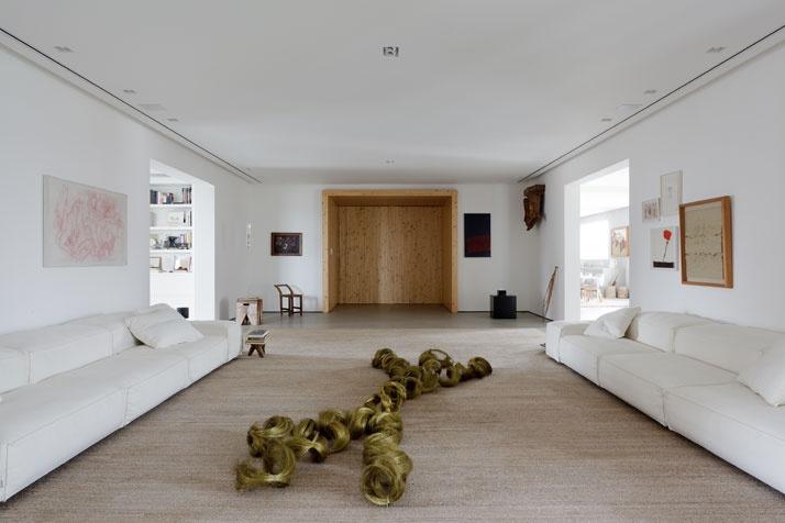 Artful Apartment 05