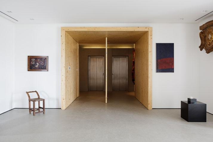 Artful Apartment 06