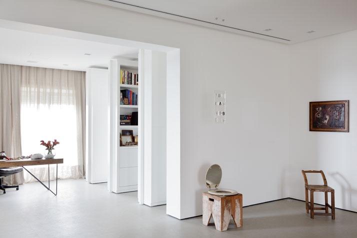 Artful Apartment 07