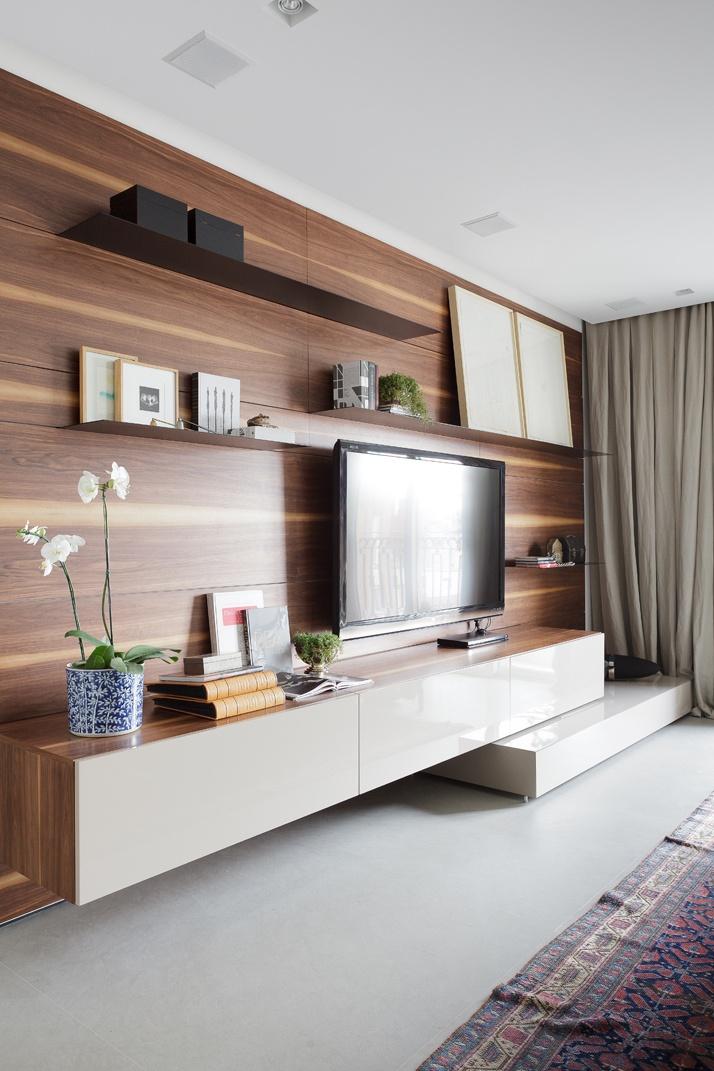 Artful Apartment 11