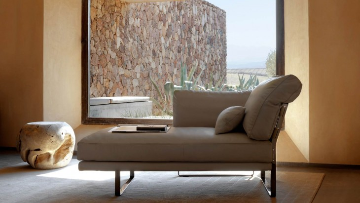 422ecfc627 Fendi has started its furniture collection more than two decades ago back  in 1989. Fendi Casa brand is today known not only for its furniture but  also for ...