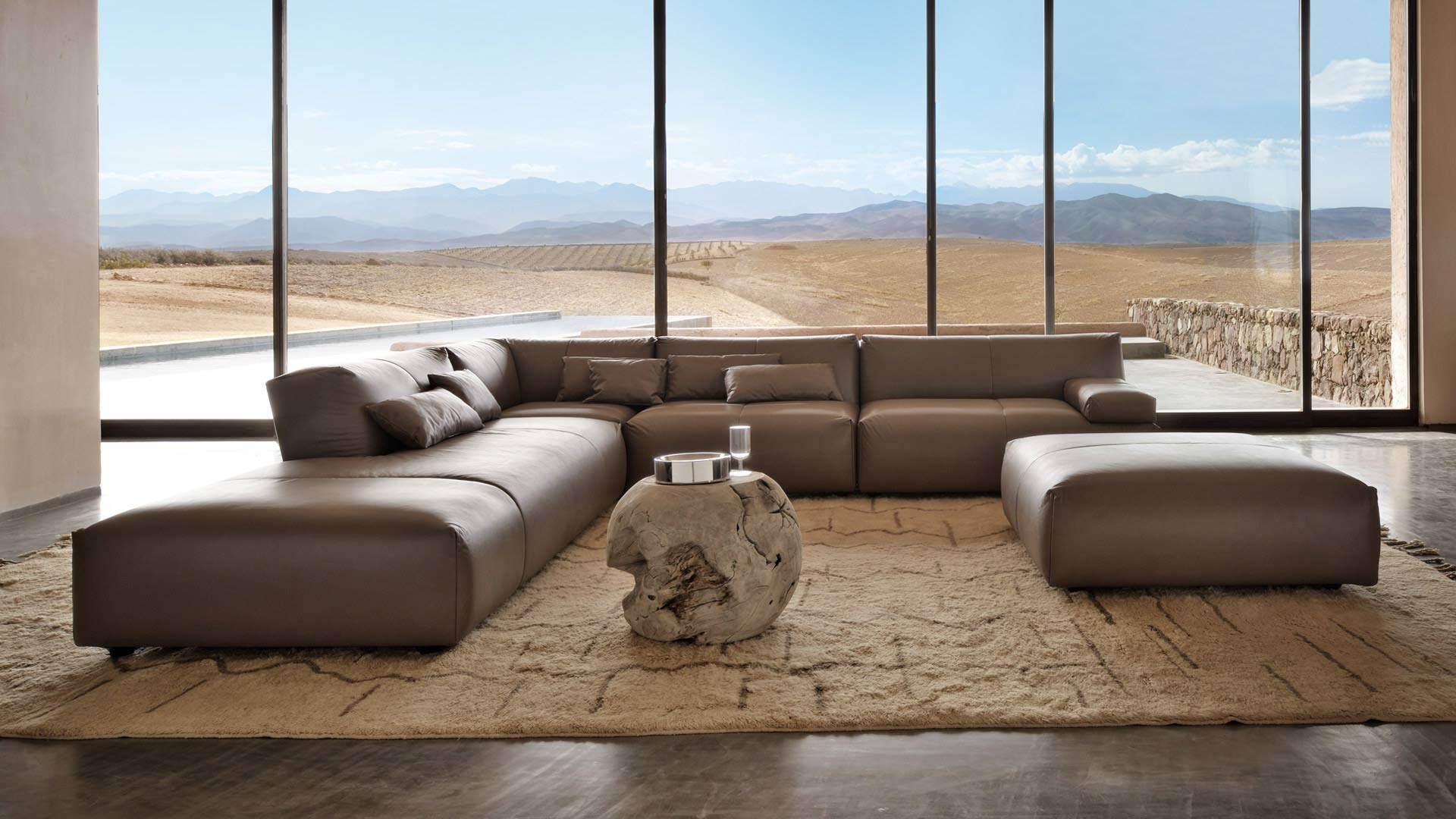 Fendi casa contemporary collection for Arredi di lusso casa
