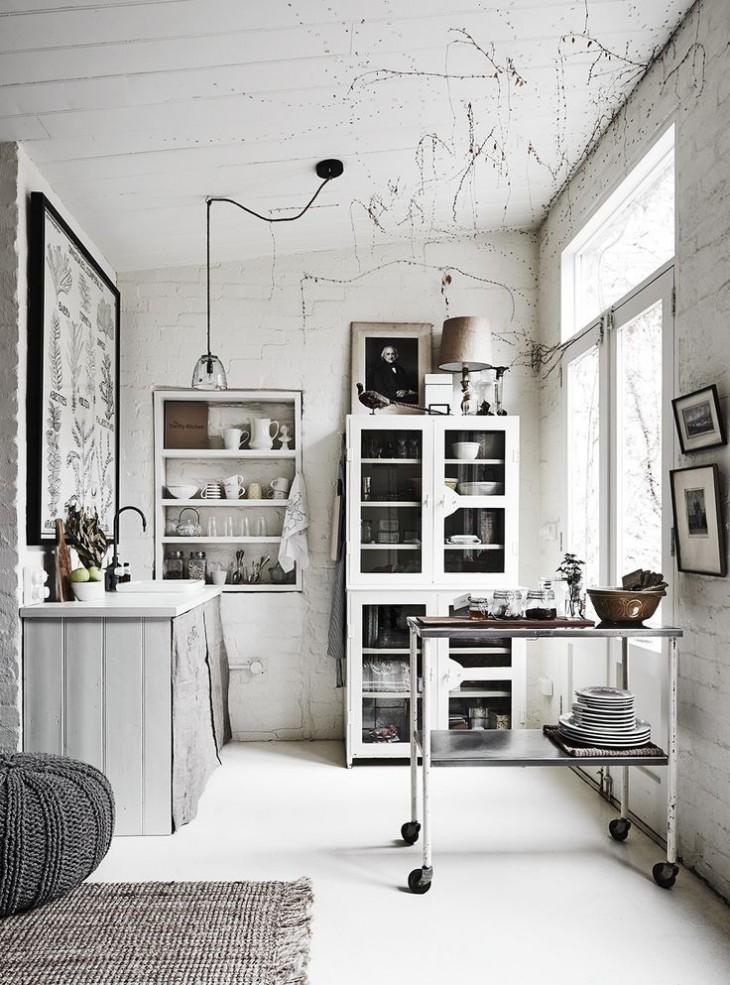 White Room 02
