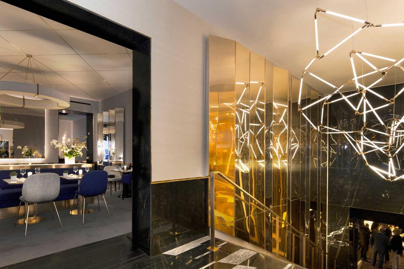 Parisian Restaurant By Rodolphe Parente