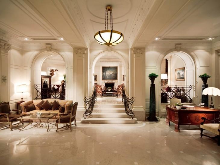 HOTELS 02