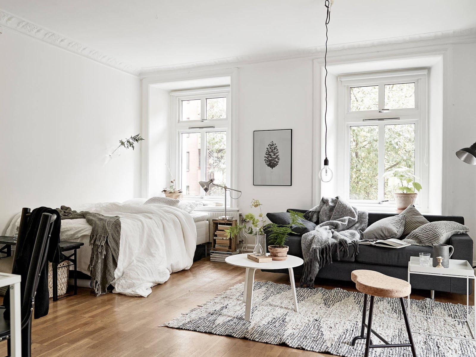 tiny apartment with a nordic touch. Black Bedroom Furniture Sets. Home Design Ideas
