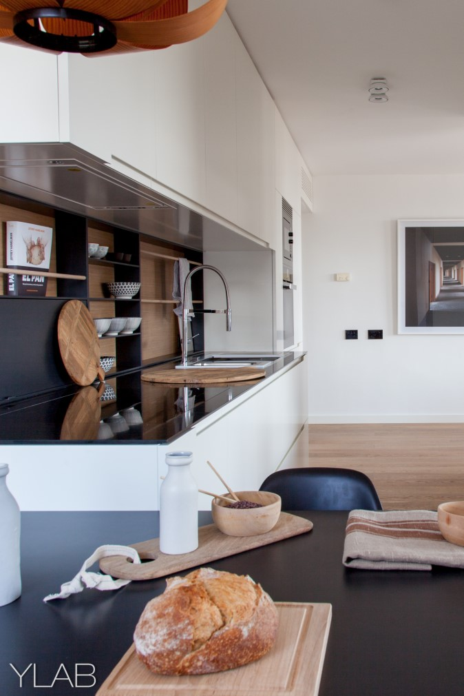 Apartment in Barcelona by YLAB Arquitectos (16)
