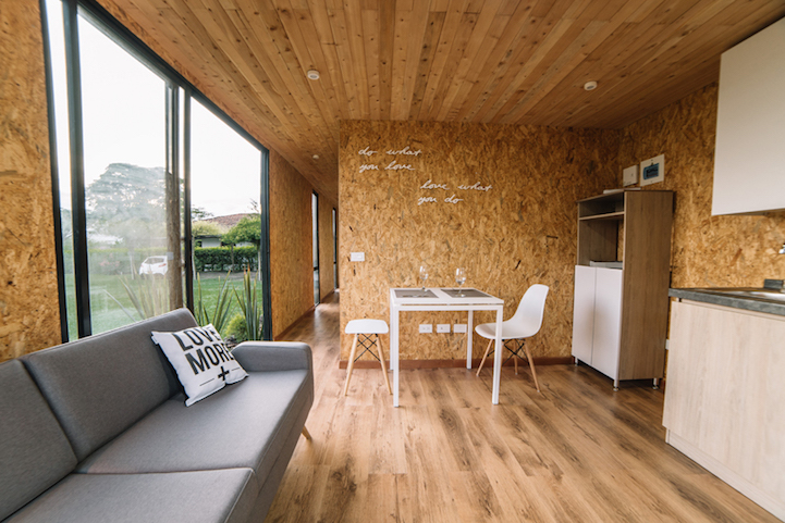 Mobile Home by Colectivo Creativo (2)