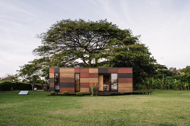 The Modular Mobile Home by Colectivo Creativo