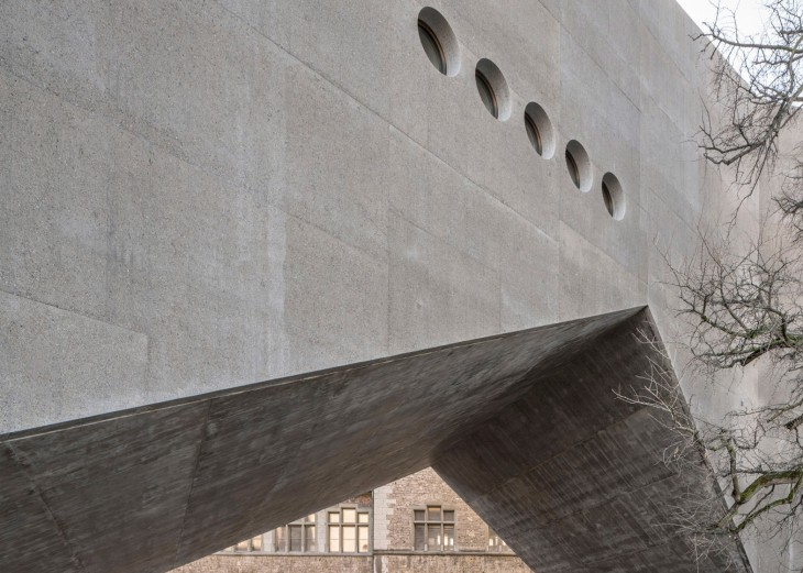 Concrete Extension for the Swiss National Museum (2)