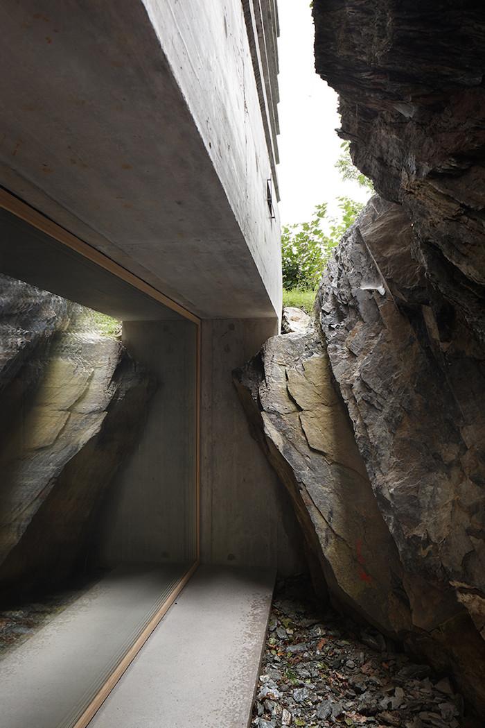 Concrete in the Swiss Alps (5)