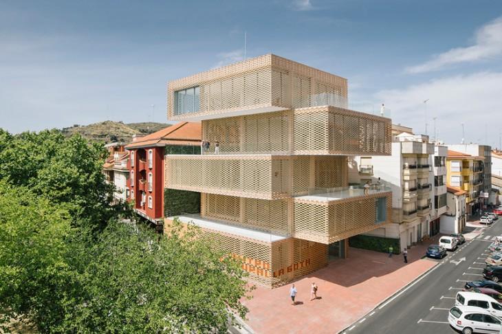 Cultural Center and Tobacco Museum by Ramiro Losada and Alberto García (1)