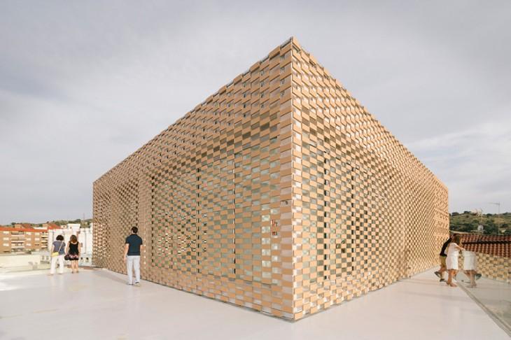 Cultural Center and Tobacco Museum by Ramiro Losada and Alberto García (11)