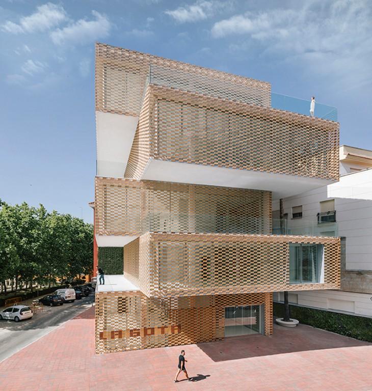Cultural Center and Tobacco Museum by Ramiro Losada and Alberto García (2)