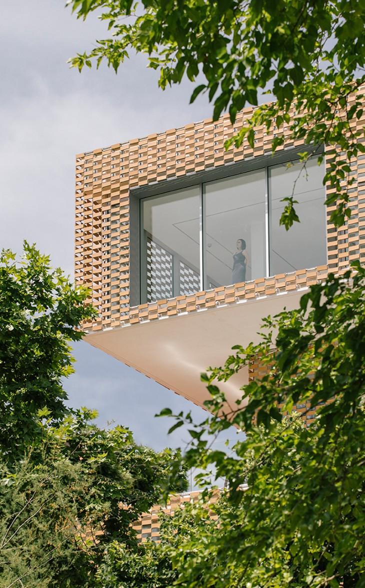 Cultural Center and Tobacco Museum by Ramiro Losada and Alberto García (7)