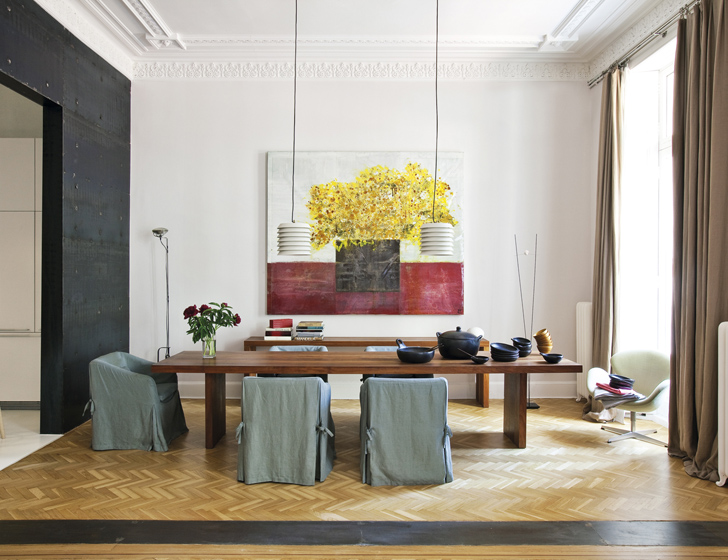 Culture Clash in stylish Apartment (4)