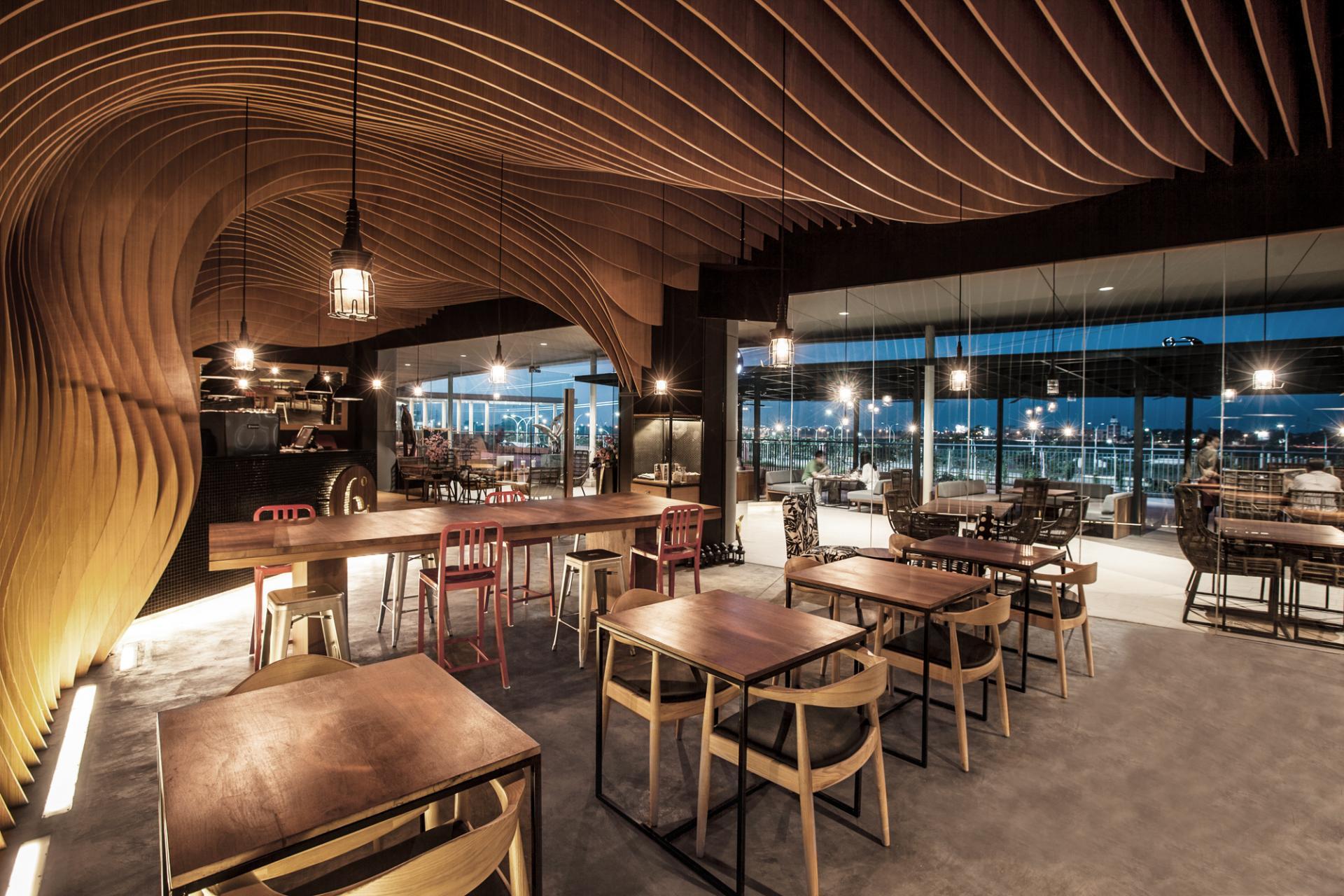 Фотографии интерьера и дизайна кафе и ре