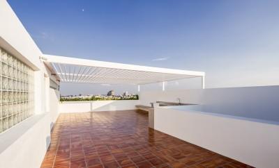 V House by Abraham Cota Paredes Arquitectos